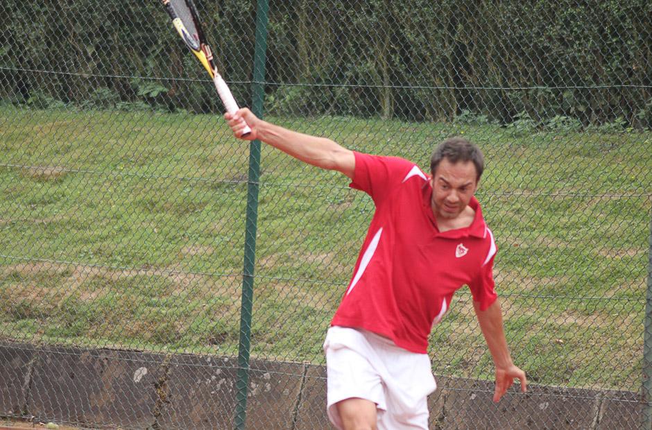 Im HS99 Mannschaftspolo - Profispieler Marco Pedrini